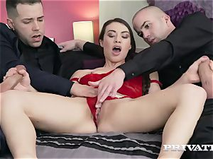 Tiffany lady gets her fuck holes filled with spears