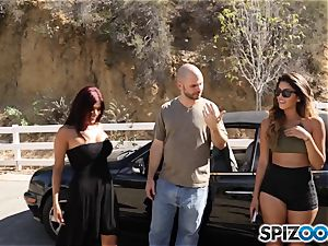 spunk-pump longing pick up with Sophia Leone and Gina Valentina