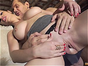 Nekane getting her enormous culo humped