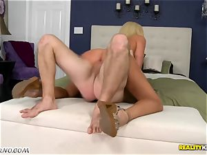 humble guy boinks his molten promiscuous neighbor Summer Brielle