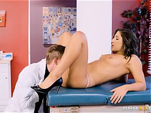 vulva check-up with Abella Danger