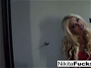Solo fishnet solo with super hot cougar Nikita Von James