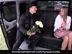 penetrated IN TRAFFIC - jism on booty for ultra-kinky slim blonde