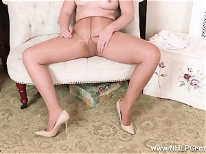 English ginger-haired rips open shiny nude tights to jack