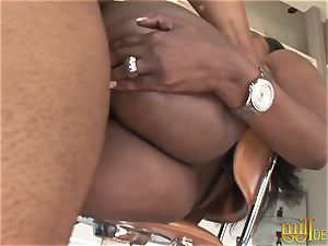 curvaceous ebony cougar gets her butt pulverized