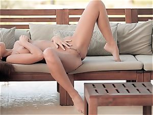 luxurious slim honey wanking outdoors