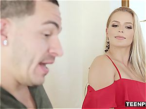Sloan Harper knows how to drain a man's ball sack