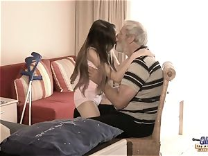 Therapy with elder fuck-stick for a sick nubile nymph