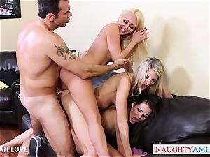 sumptuous Aaliyah love banging in foursome