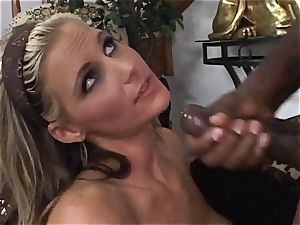 Phoenix Marie gets splattered with warm nuts mayo