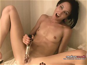 lean French woman with little knockers spunks using ben
