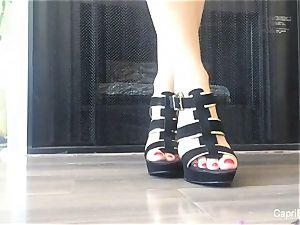 Capri shows off her fantastic feet & tries on some stilettos