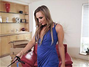 poon longing Evelin Stone eats out dominatrix Tucker Stevens
